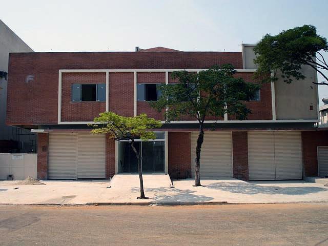 Edifício-comercial